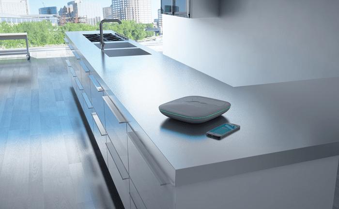 Хаб домашней автоматизации и смартфона для дистанционного управления