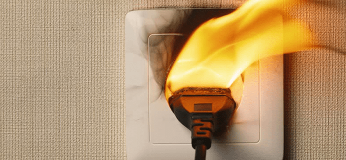 Возгорание в розетке