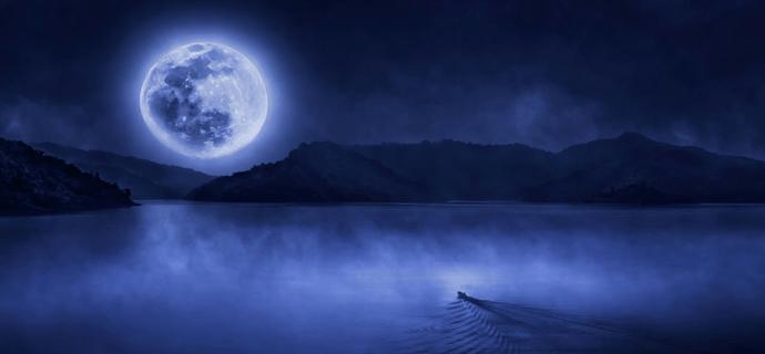 Образы ночной музыки. Лодка на озере под луной